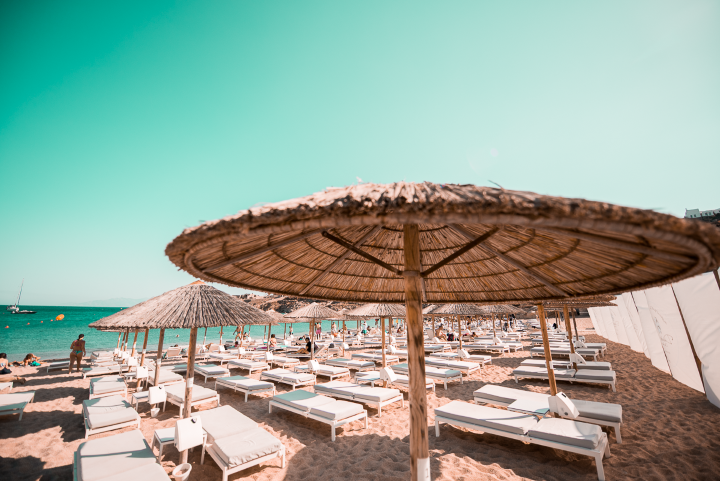 Seaside Sunbed (3rd row and back)